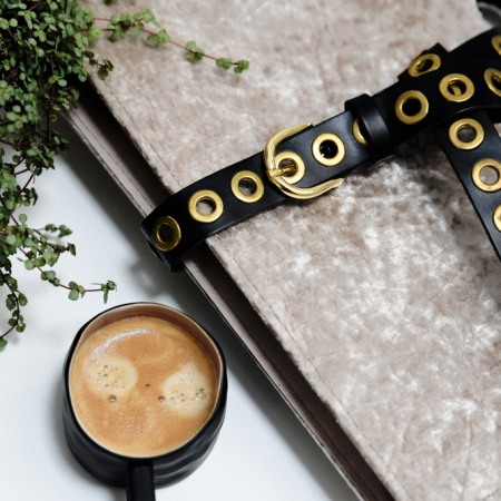 Tannery Leather Tailleriem gouden ringen zwart leer